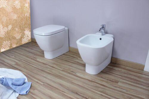 WC e bidet filo muro Siria