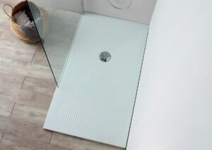 Bianco lucido H 3 cm.